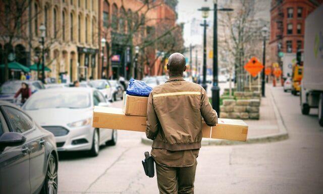 Nadanie paczki przez internet